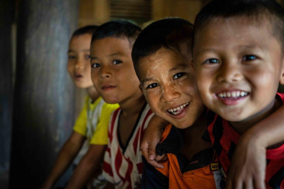 bambini karen durante missione solid