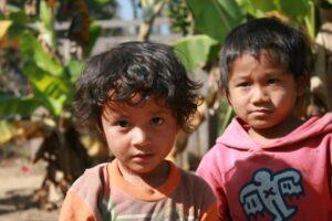bambini karen in birmania